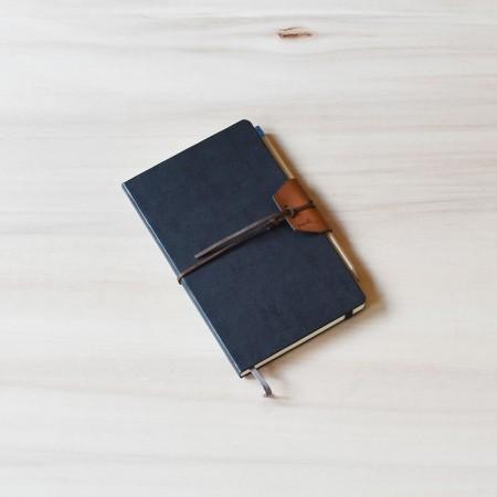 Studio D. Moleskine Leather Pencil Wrap