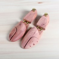 Sir Beecs Cedar Shoe Trees